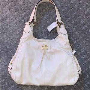 Coach cream purse EUC